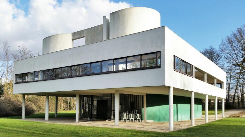 front-side view of villa savoye