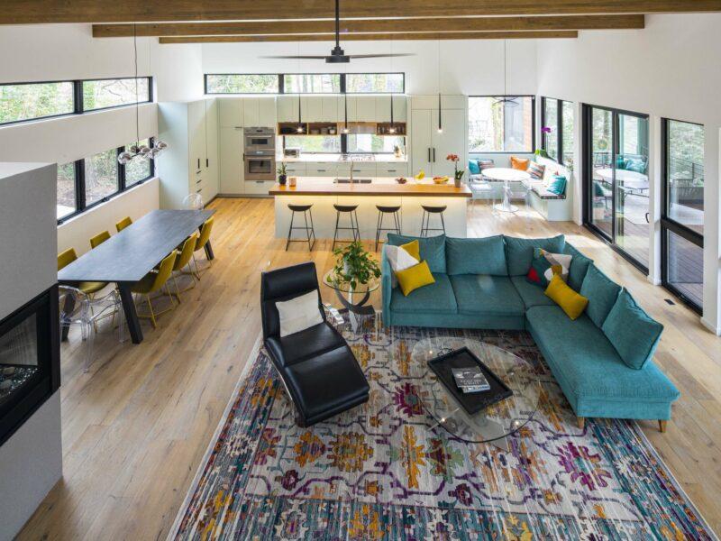 The Barak and Morgan Henis Residence