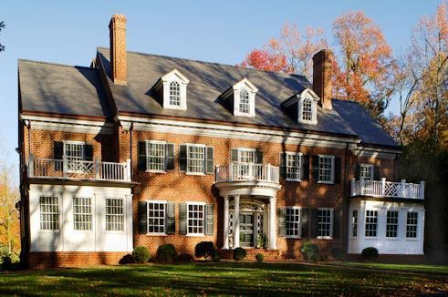 Georgian Residence in Greensboro