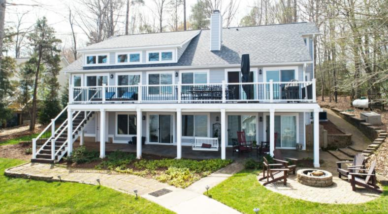 Lake Gaston Home