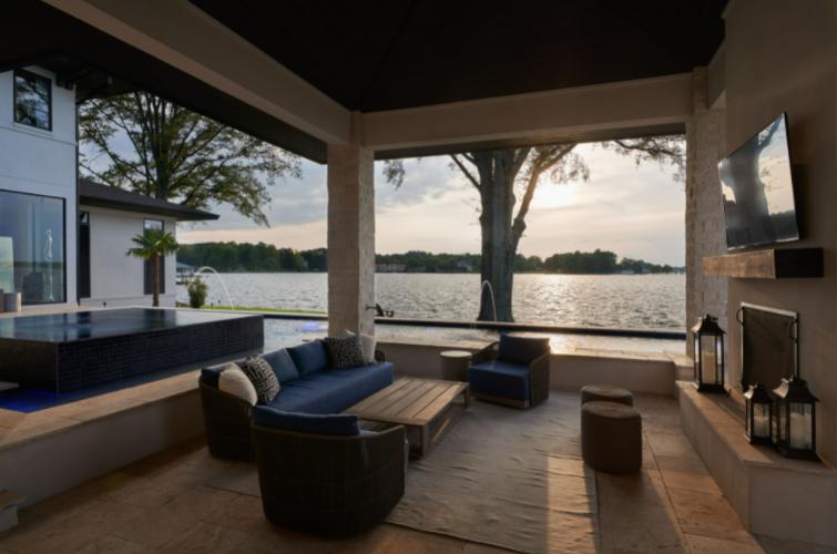 Lake Shore Modern Prairie