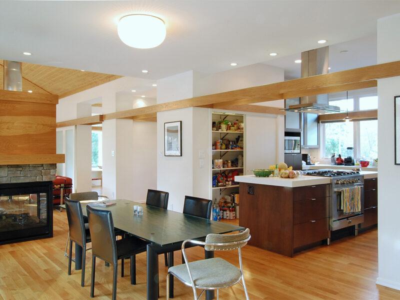 The Jason Extein and Elizabeth Greig House