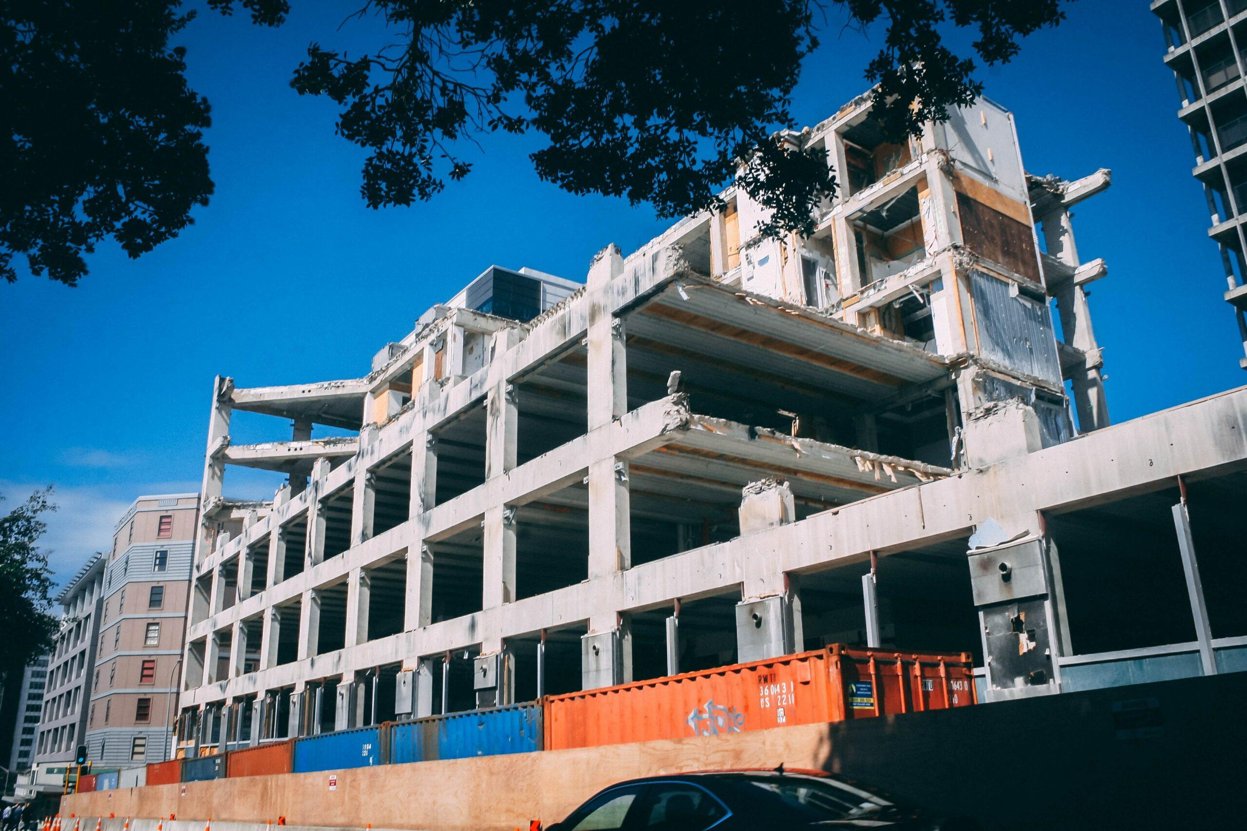earthquak proof building structure