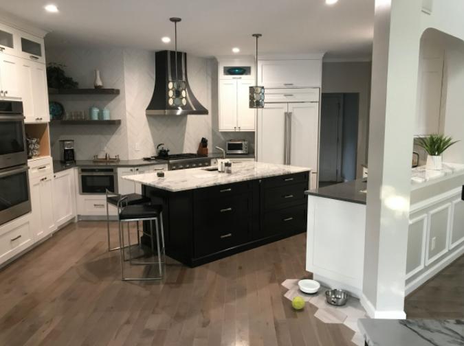 Custom Shaker Modern Kitchen