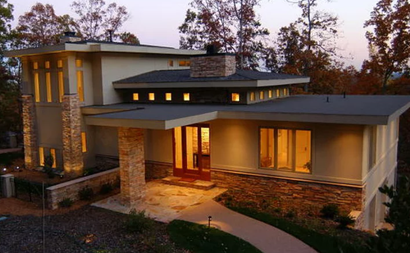 The Paul and Leslie Strohm Residence